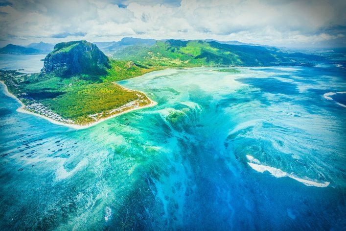 Le Morne Brabant onderwater waterval Mauritius