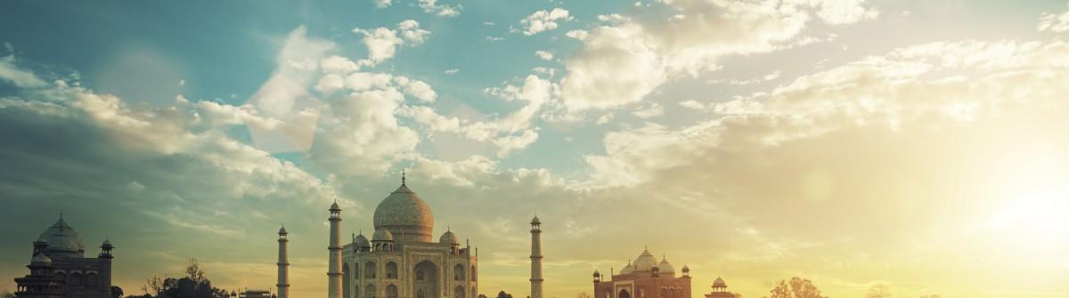 Taj Mahal iStock_000064101357_smaller