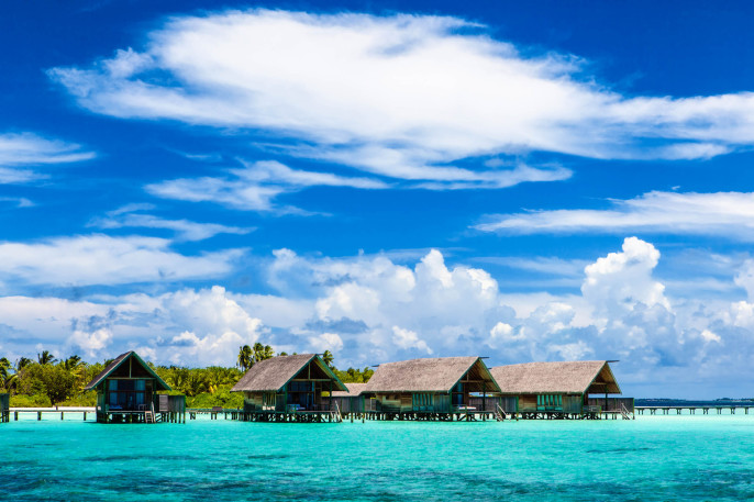 Malediven Overwater Bungalows iStock_000022153001_Large-2