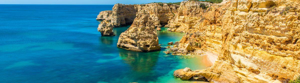 Praia da Marinha – Beautiful Beach Marinha in Algarve, Portugal