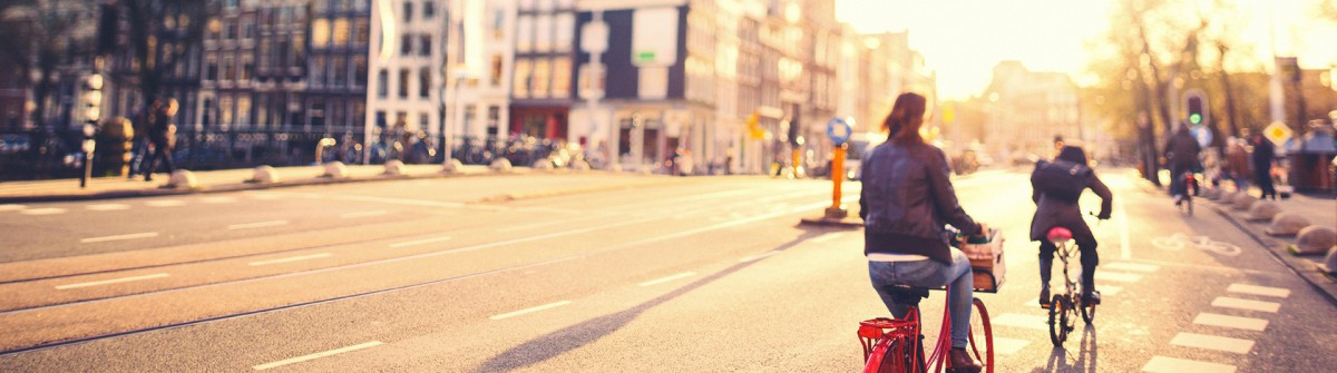 Amsterdam Bike People iStock_000024049786_1920pix