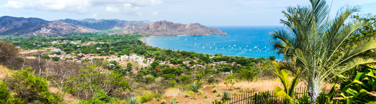 Playas del Coco, Guanacaste, Costa Rica iStock_000066915007_Large-2