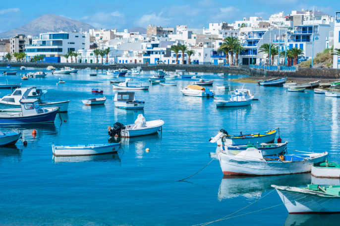 Lanzarote Boat iStock_000022961222_Large-2