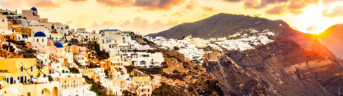 Santorini sunrise Greece iStock_000079055873_Large-2