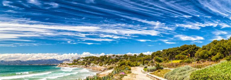 beach-in-salou-costa-dorada-spain-shutterstock_198076370-2