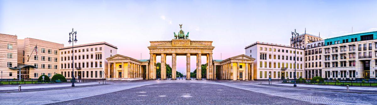 berlin-brandenburger-tor-shutterstock_215961715-small