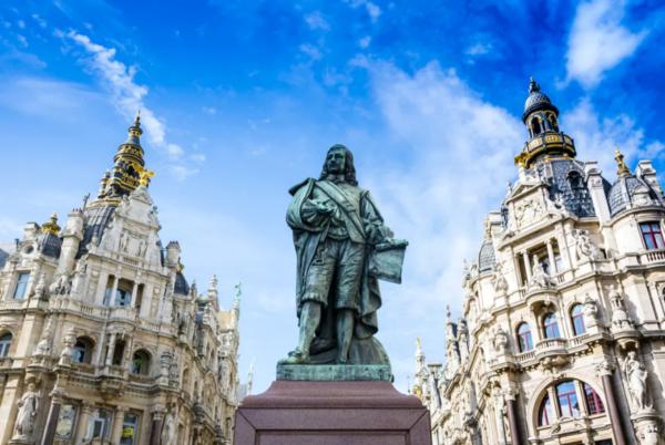 Standbeeld in Antwerpen