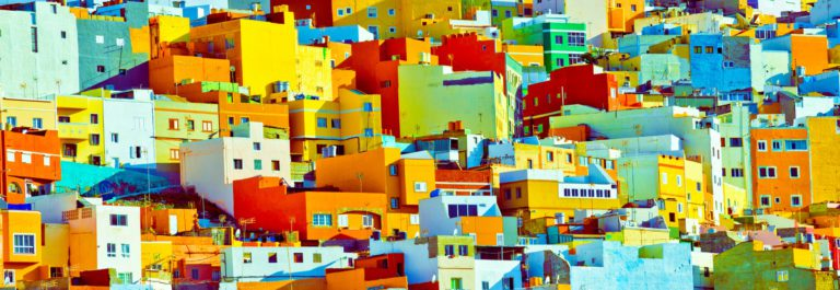 Gran Canaria colourful buildings iStock_000038033608_Large – Copy
