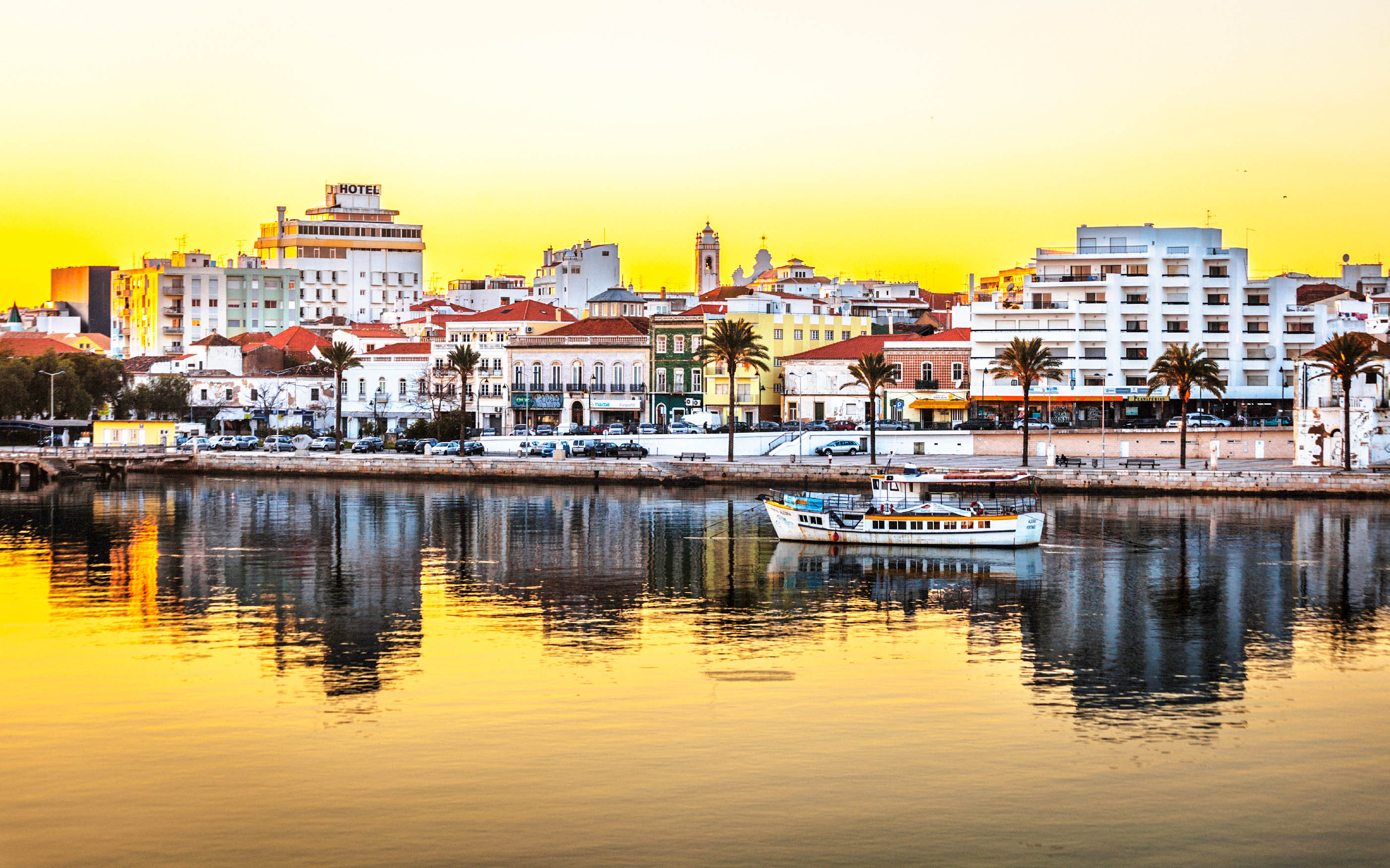 #C8AC0322260644 Fly En Drive Portugal Met Luxe 5 Sterren Hotel En Huurauto  Meest effectief Luxe Vakantie Portugal 3705 behang 280517523705 afbeeldingen