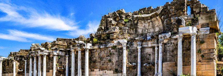 Side Ruinen iStock_000080163211_Large-2