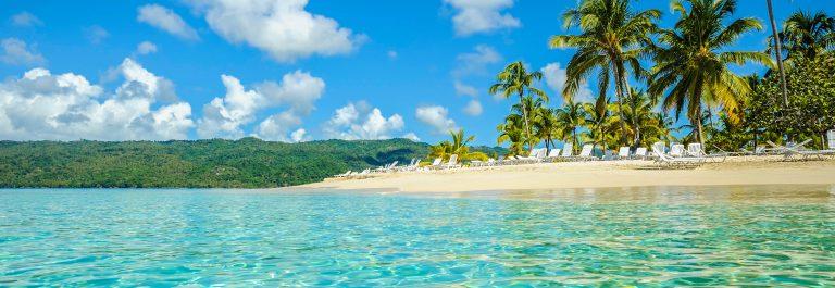 Blauw water op de Dominicaanse Republiel