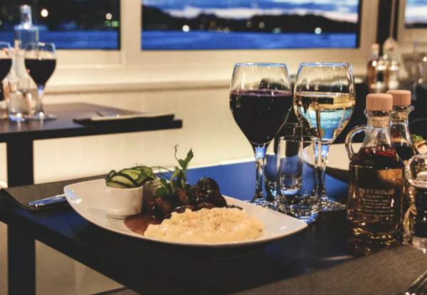 romantisch diner op het jacht