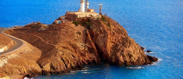 de vuurtoren van Cabo de Gata aan de Costa de Almeria