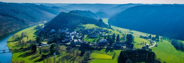 De Semois rivier in de Ardennen