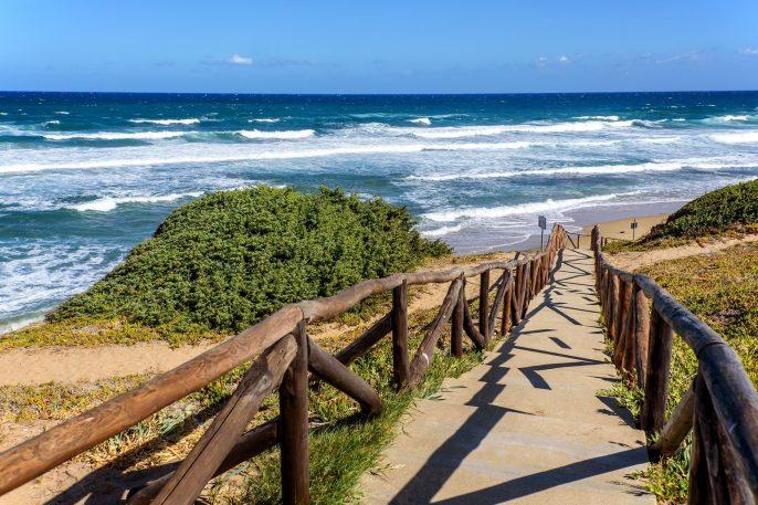 Het strand van Madonnina in Sardinie
