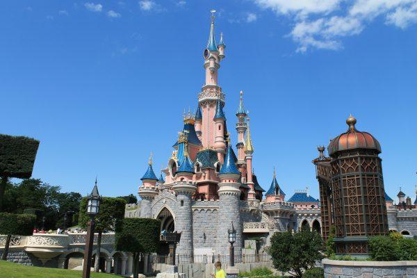 het beroemde kasteel in Disneyland Parijs