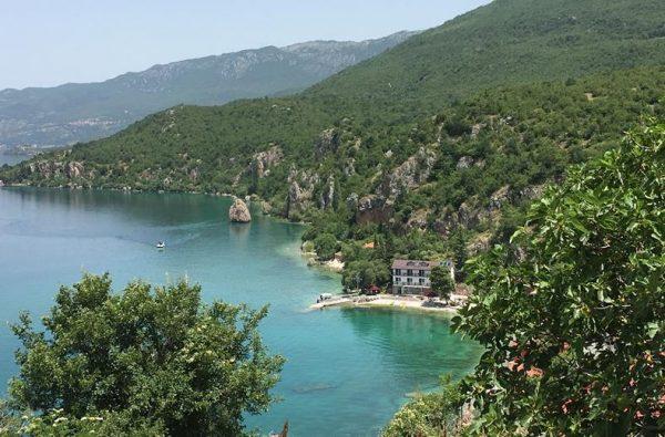 de prachtige ligging van villa markos