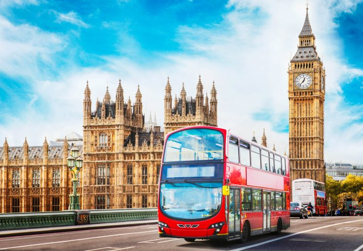 Big Ben, the Parliament and doubledecker in London