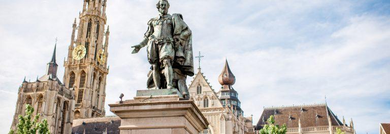 Standbeeld van Rubens op de Groenplaats