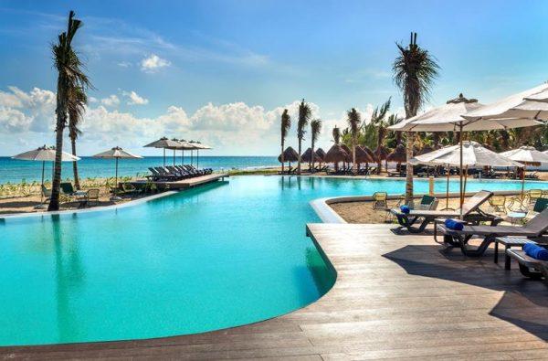 Ocean Riviera Paradise Resort