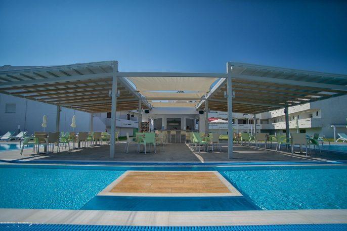 Frosini Hotel Zwembad
