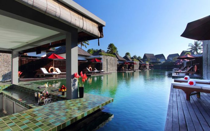Hotel Furama Villas & Spa Bali zwembad