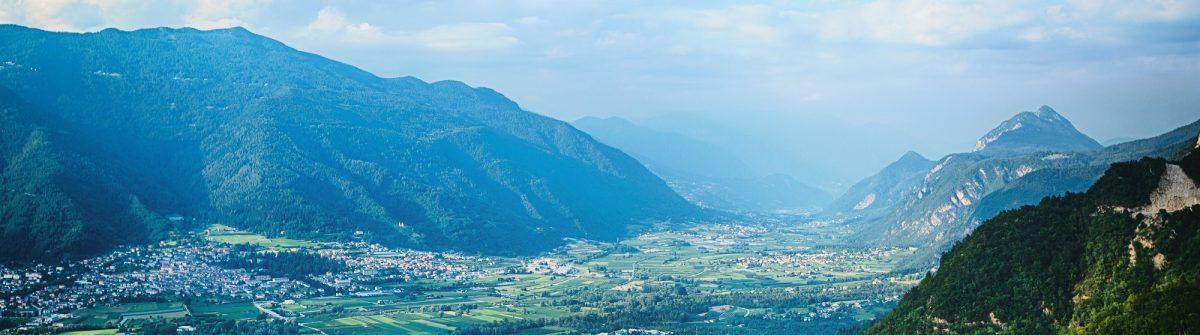 Uitzicht op Levico Terme Italie shutterstock_304133963