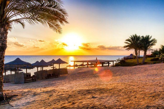 Zonsondergang op het strand van Hurghada