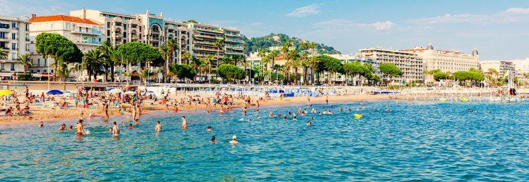 Het strand van Cannes