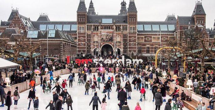 Schaatsbaan voor het Rijksmuseum