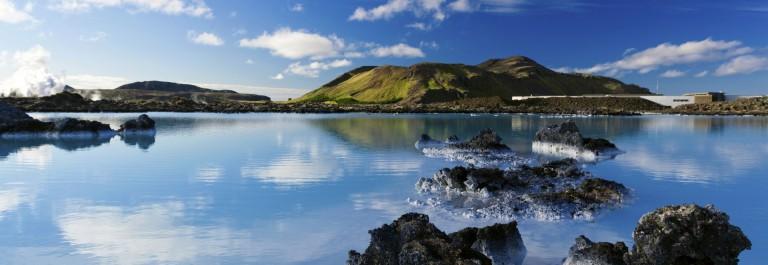 Blue Lagoon Iceland iStock_000051884950_Large