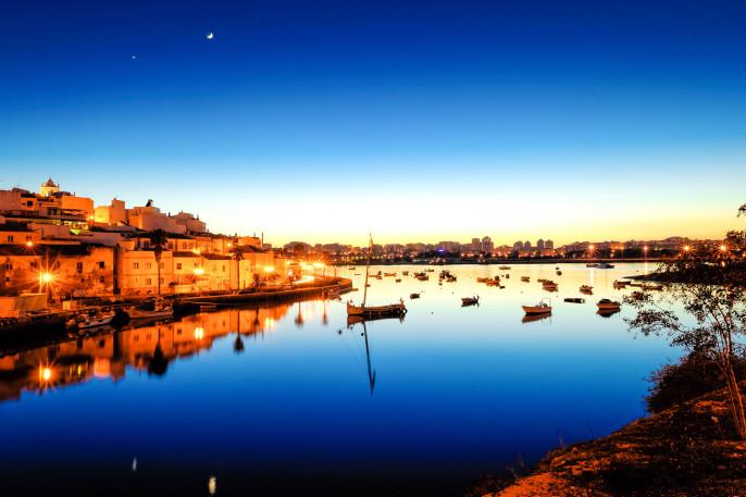 Algarve Sunset iStock_000065013783_Large-2