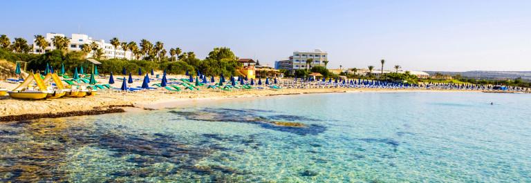 naar Cyprus