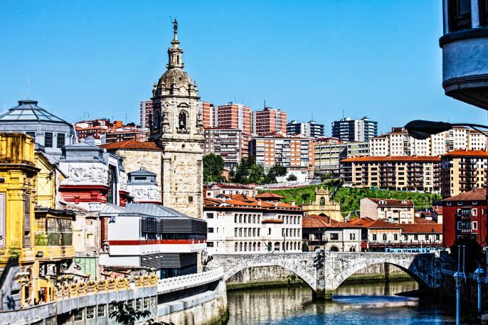 Bilbao Aussicht iStock_000017071367_Large-2