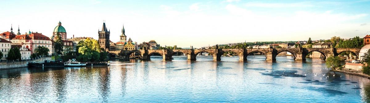 Charles Bridge in Prague iStock_000024911741_Large-2