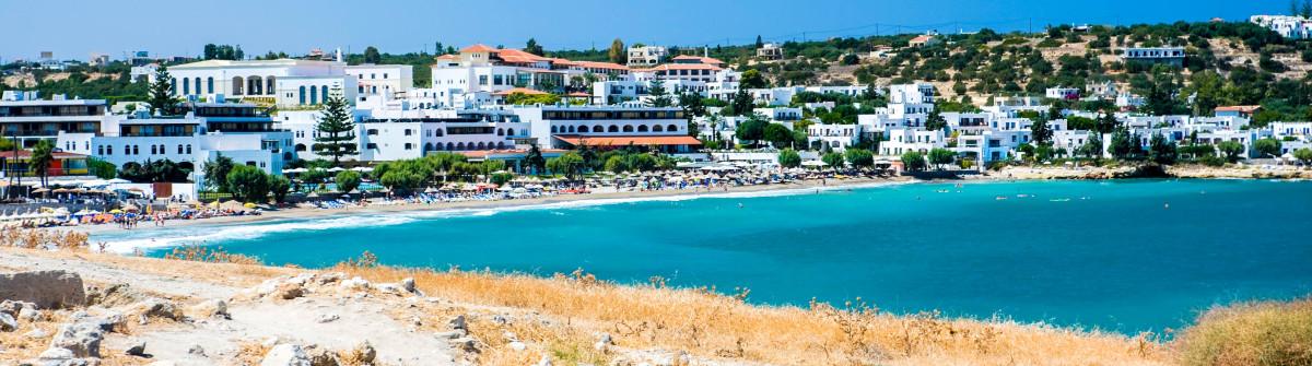 Kreta Harbour iStock_000010660928_Large-2