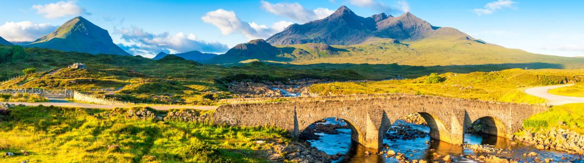 Scotland Cuillin mountain peaks Skye iStock_000024435907_Large-2