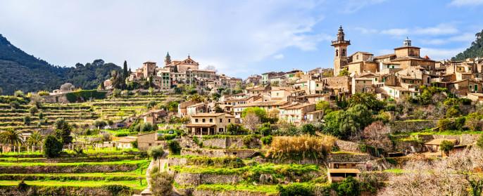 Mallorca Valldemossa iStock_000016061678_Medium