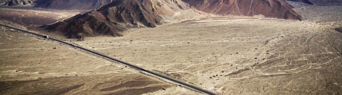 Panamericana near Nazca Peru iStock_000012637920_Large