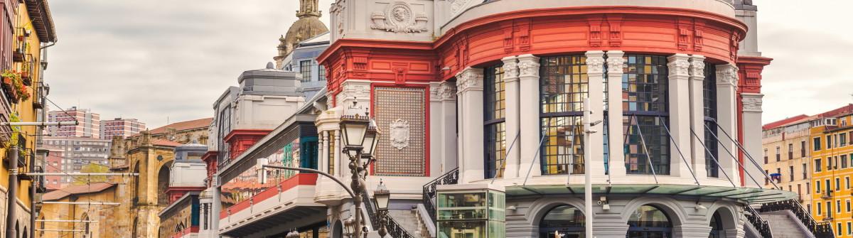 Bilbao city in november – shots of Spain – Travel Europe_shutterstock_401548495