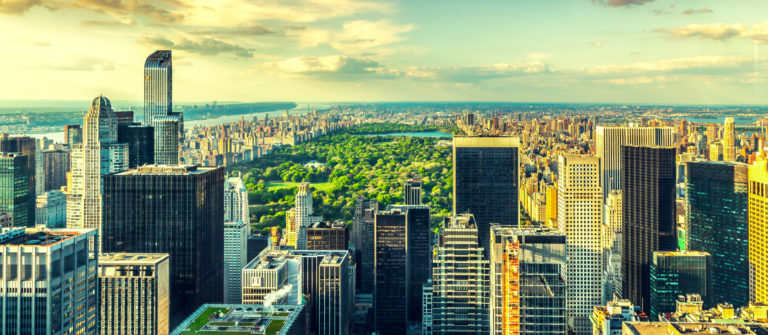 manhattan-aerial-view-nyc-istock_000056761892_large-grunstich