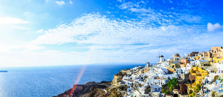 sanorini-skyline-greece-istock_000085970355_large-2