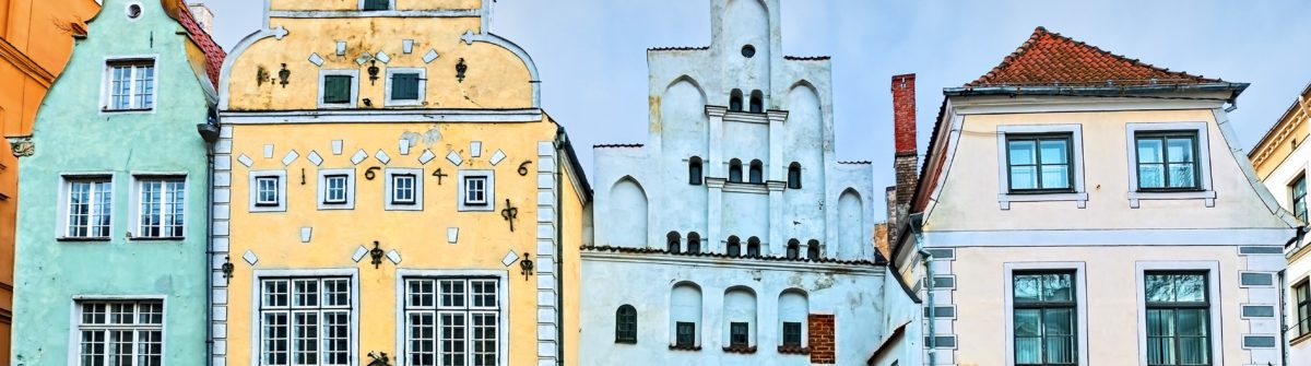 famous-medieval-buildings-in-old-riga-city-latvia_shutterstock_256440031-copy