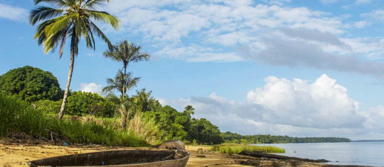 naar Suriname